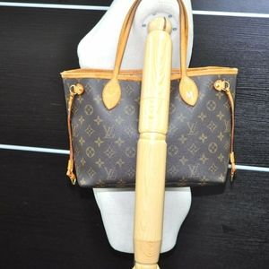 Louis Vuitton Monogram neverfull PM Tote Bag
